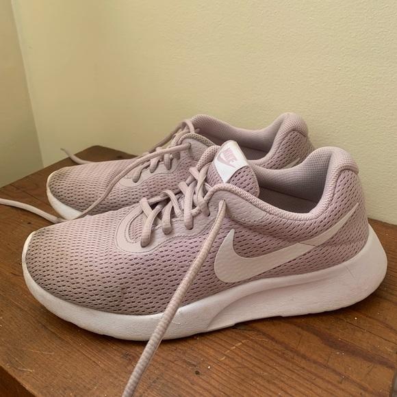 Nike Shoes - Nike Women's Tanjun Shoes